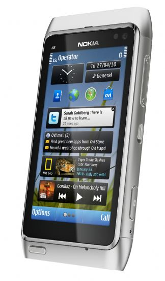 Nokia N8: il primo smartphone con Symbian^3