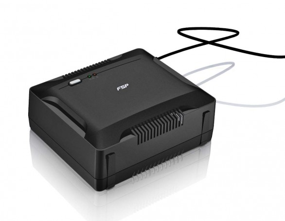 FSP Nano 600: il più piccolo UPS del mercato