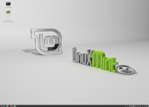Dopo qualche secondo appare l'interfaccia grafica di Linux Mint 14.1: la versione presente nell'immagine è equipaggiata con l'ambiente desktop Cinnamon.